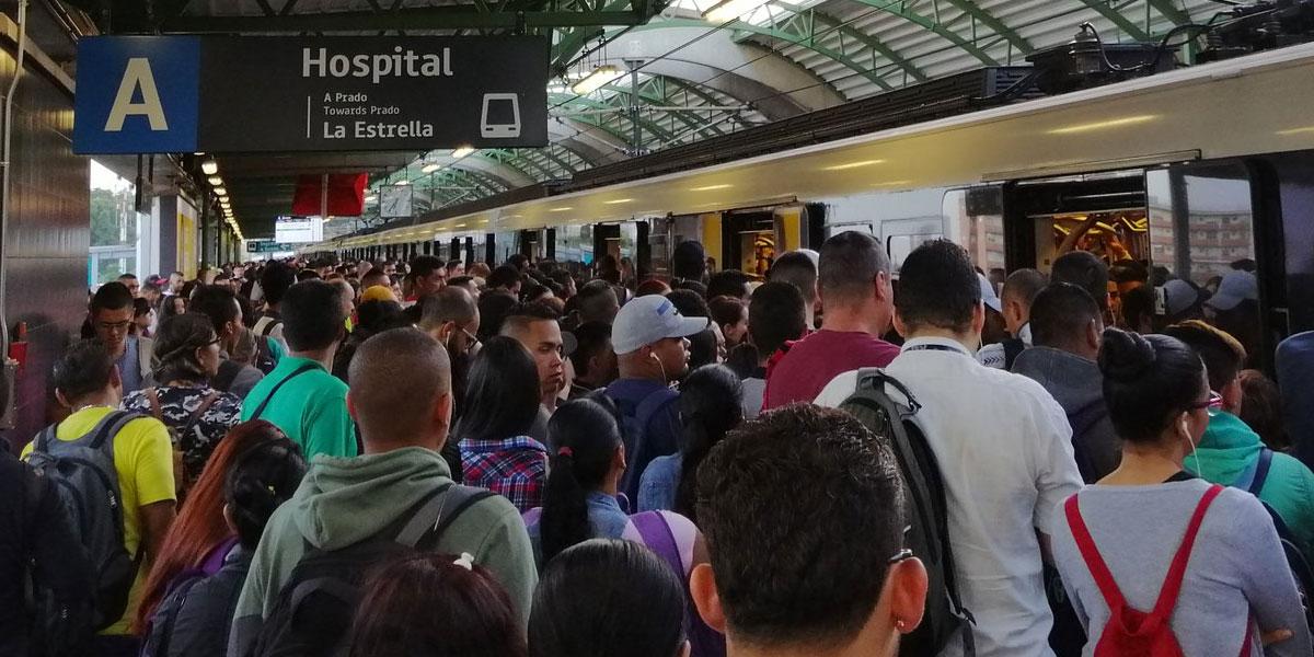 Por falla técnica colapsa el Metro de Medellín en 'hora pico'