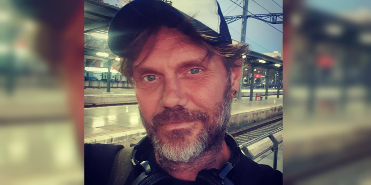 El actor de cine para adultos Nacho Vidal se le abalanzó a periodista de «Lo Sé Todo»
