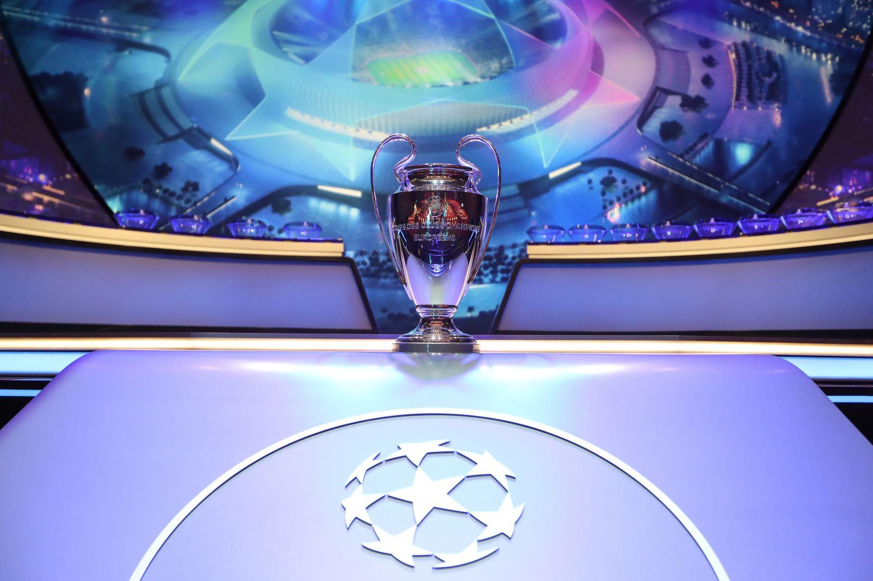 Barcelona y Borussia disputan el partido más atractivo en comienzo de la Champions League