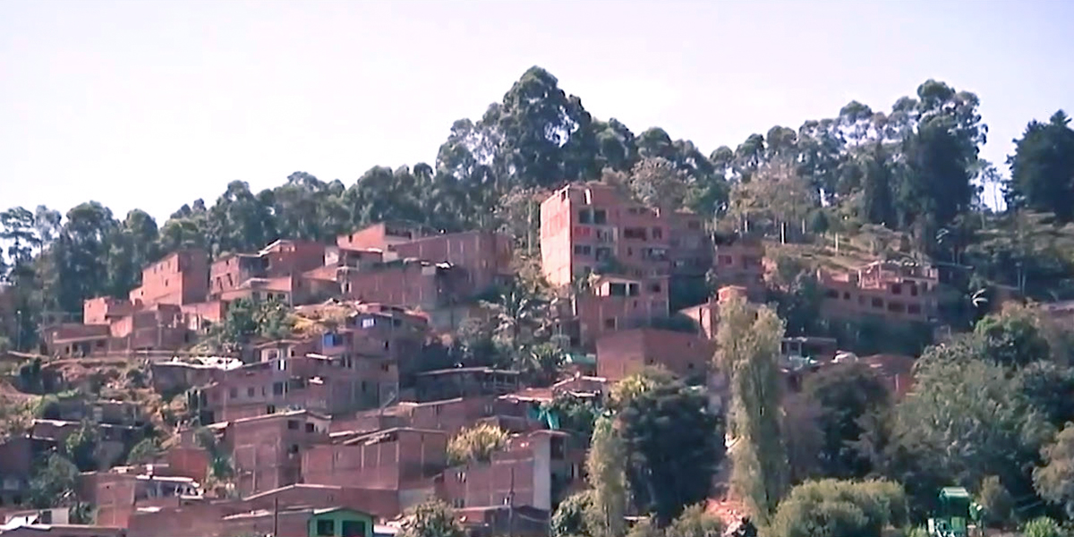 Denuncian reclutamiento de menores en Altavista, Medellín