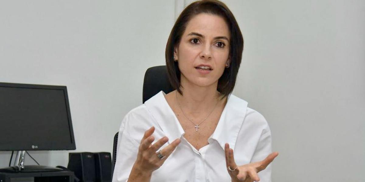 Una mujer debuta entre los 'cacaos' empresariales del país
