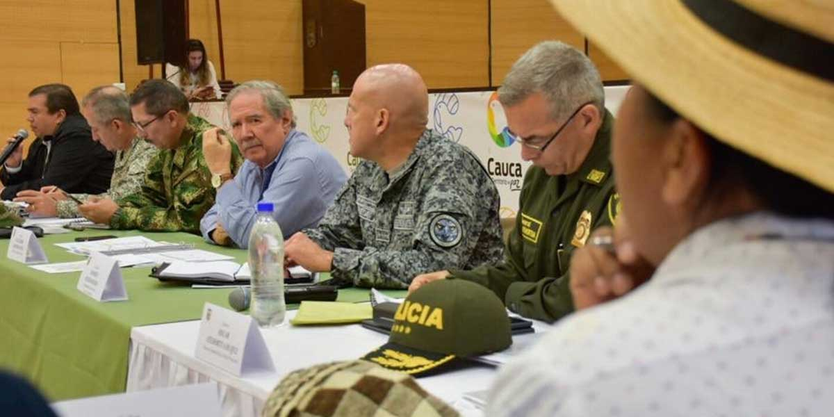 Mindefensa se comprometió a aumentar pie de fuerza en el Cauca