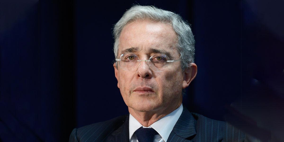 Confirman apertura de investigación contra el senador Álvaro Uribe