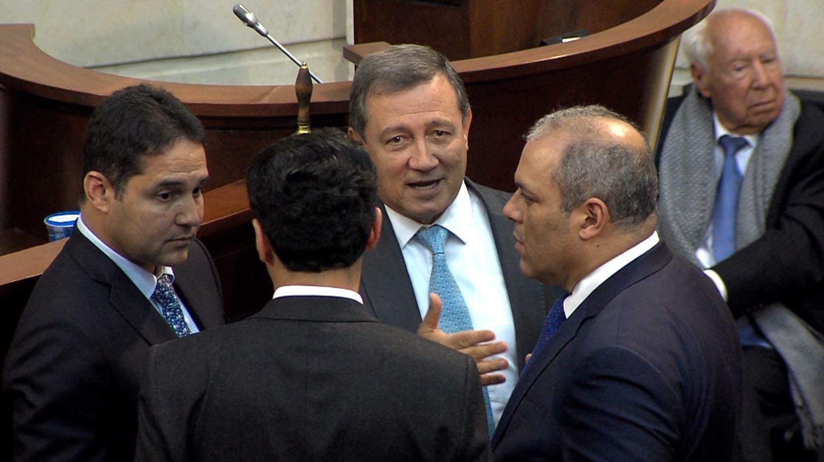 """La Procuraduría pide al Consejo de Estado que rechace """"la jugadita"""" de Macías"""