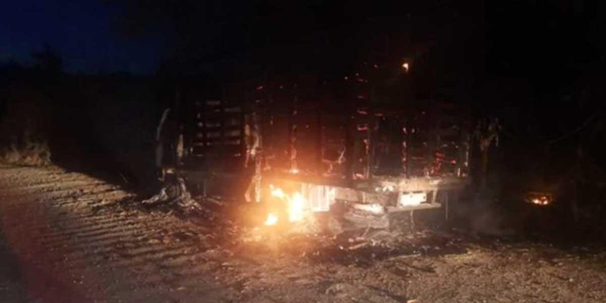 Disidentes de las Farc habrían quemado vehículo en vía de Neiva