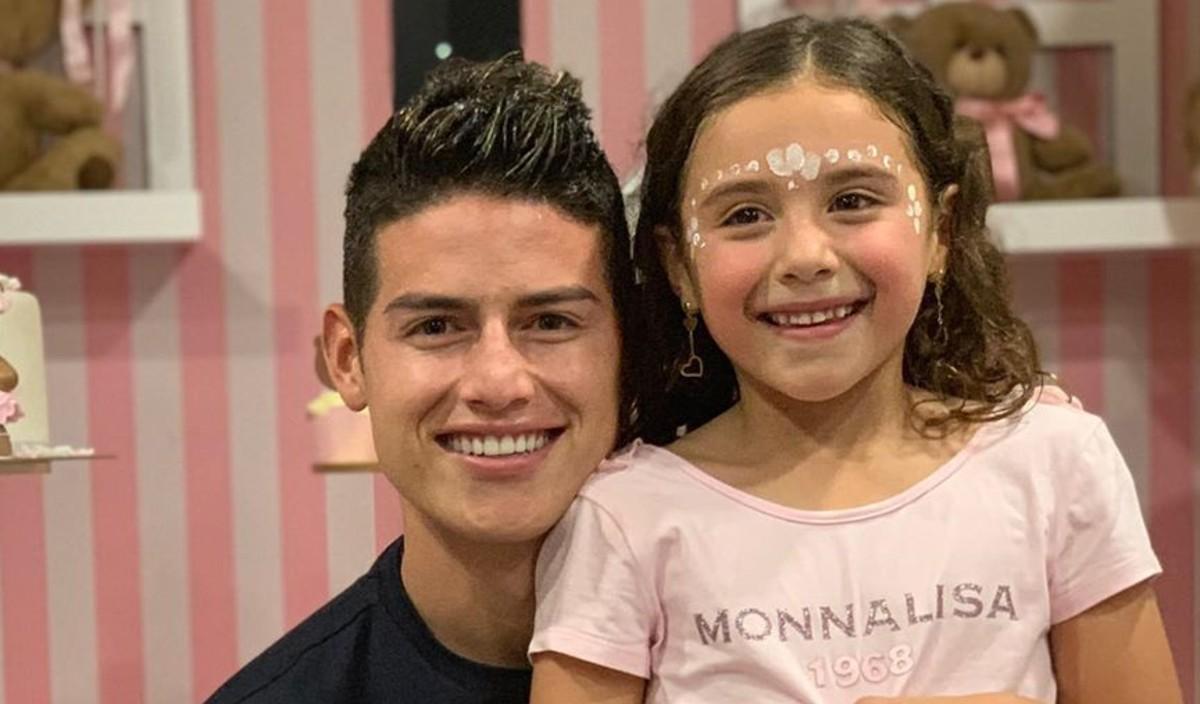Con tierno video, hija de James debutó como influencer