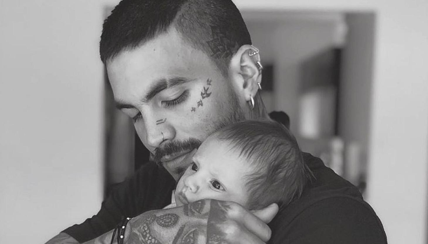 El nuevo tatuaje de Mateo Carvajal inspirado en su hijo Salvador