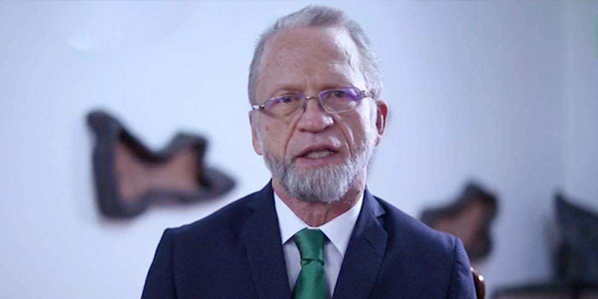 Tras una exitosa operación, Antanas Mockus prepara su regreso al Senado