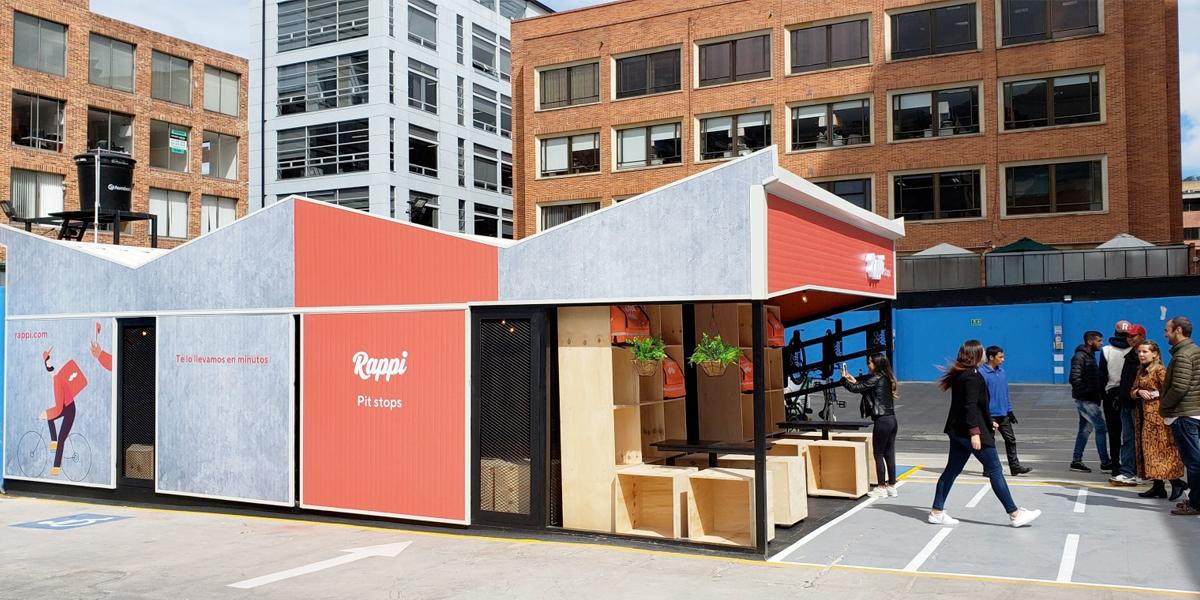 La solución de Rappi para que sus 'rappitenderos' estén más contentos, organizados y ocupen menos espacio público
