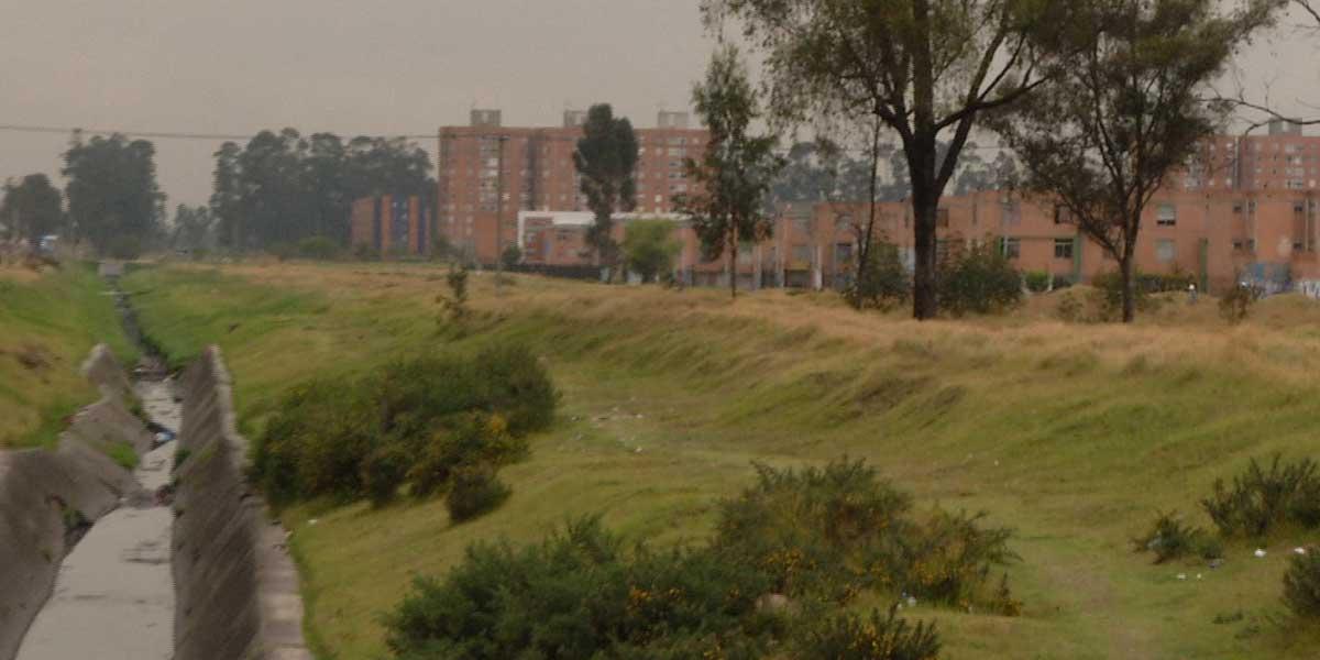 Estupor ante la muerte de un hombre que amaneció ahorcado en un árbol en el sur de Bogotá
