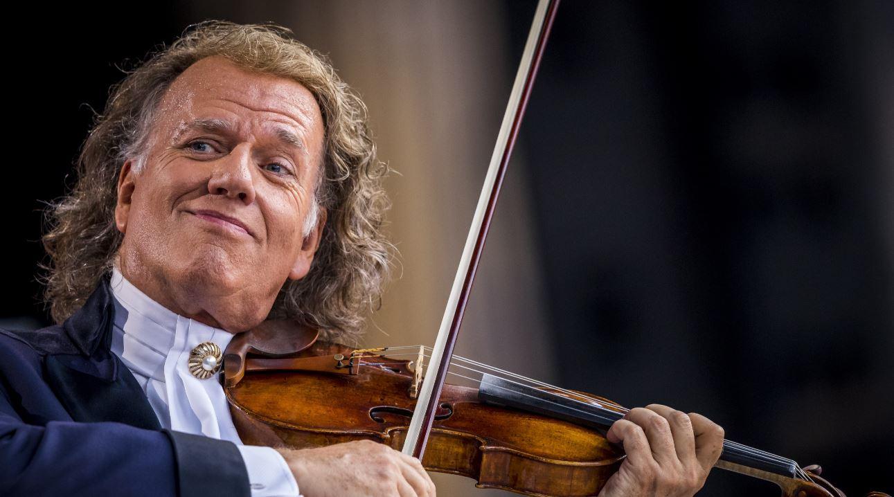¡Papelón! Una falla de sonido en concierto de André Rieu empañó la presentación del holandés