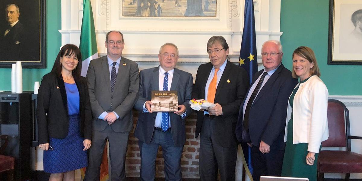 Canciller Trujillo se reúne con el presidente de la Cámara de Diputados de Irlanda