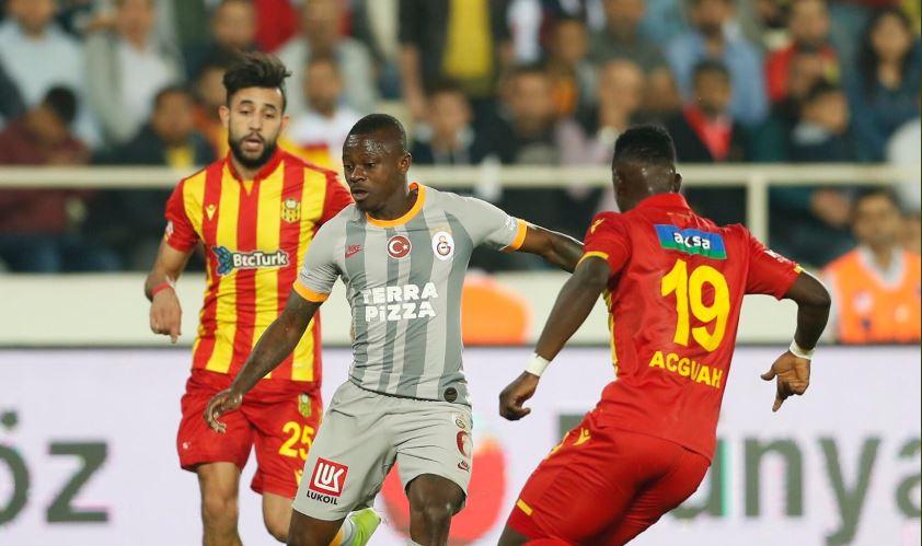 Galatasaray, con Falcao como suplente, empató en su visita al Yeni Malayaspor