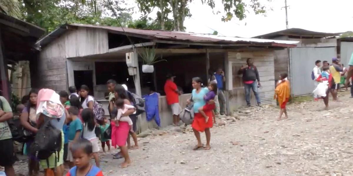Al menos mil indígenas están confinados en medio del fuego de grupos armados en Antioquia