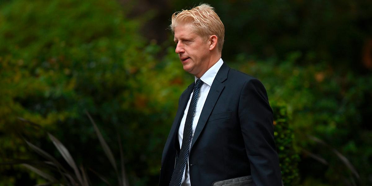 Hermano de Boris Johnson dimite de su cargo como secretario de Estado