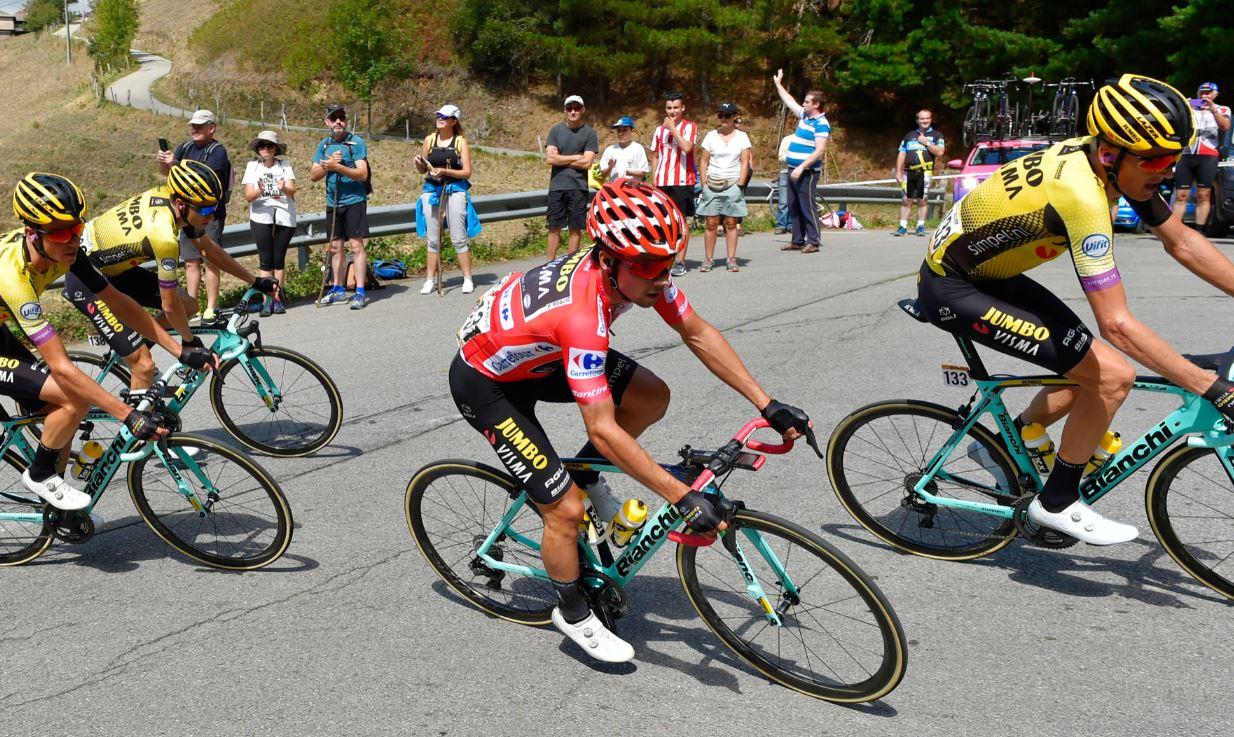 Jornada redonda para el Jumbo-Visma: Kuss ganó la etapa y Roglic aumentó la diferencia en la general