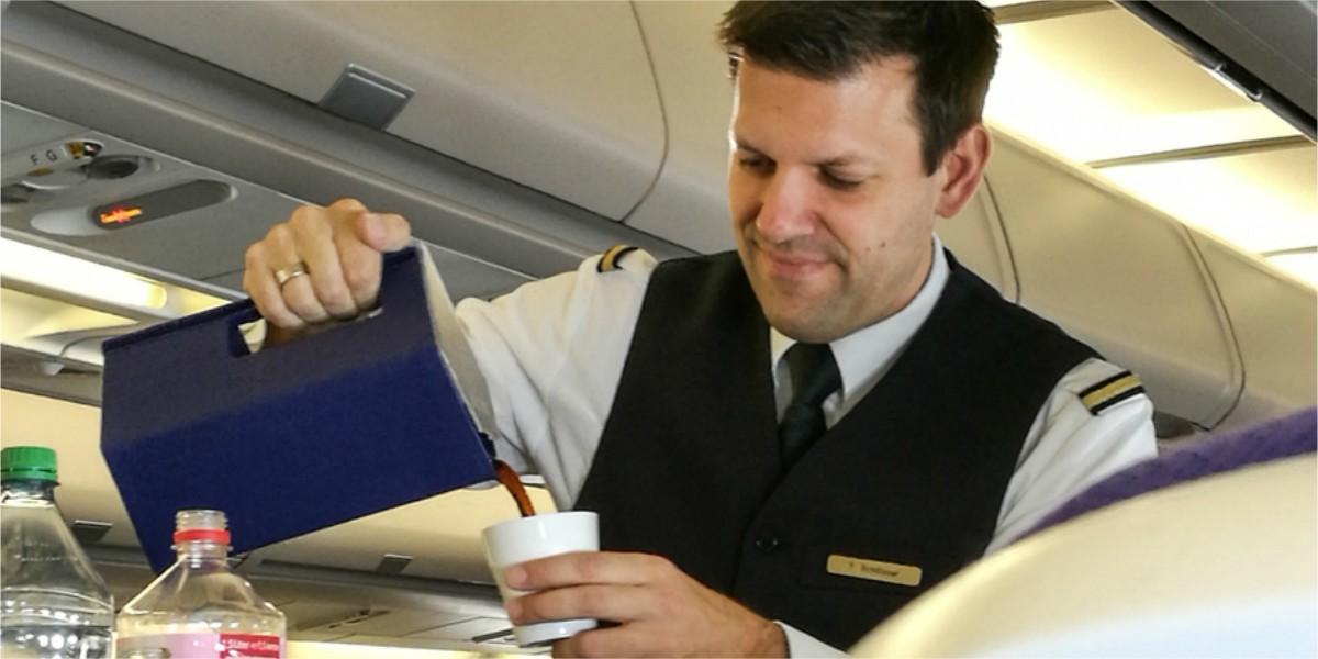 partes asquerosas de los aviones y cosas que no se deben hacer azafata