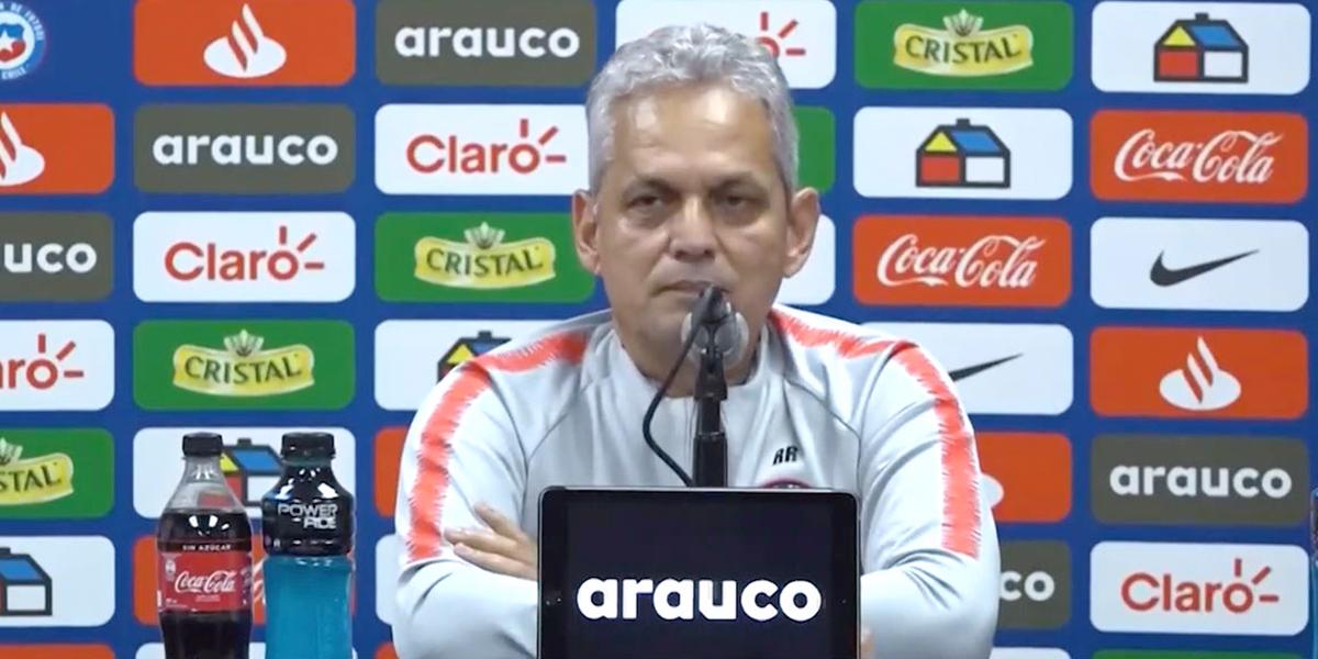 El fuerte cruce entre el técnico Reinaldo Rueda y periodistas chilenos por supuestas fiestas de los jugadores