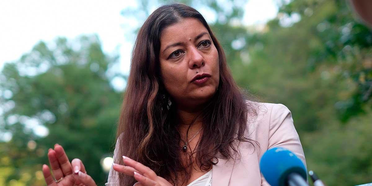 Condenan por difamación a impulsora del movimiento #MeToo en Francia