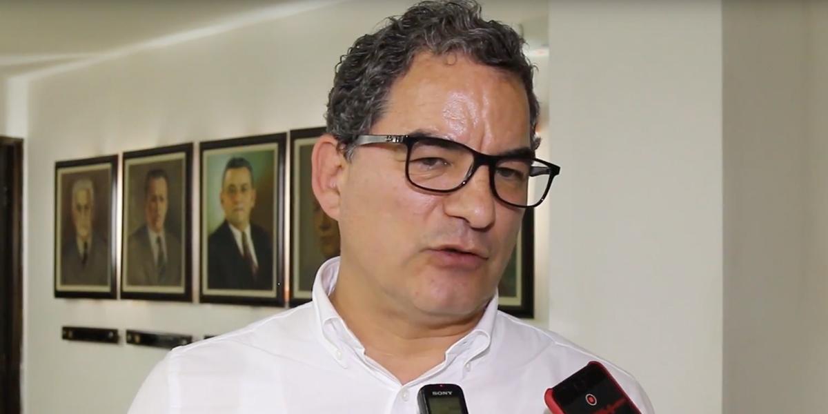 Louis Kleyn renuncia a la presidencia de la ANI a partir del 1 de noviembre