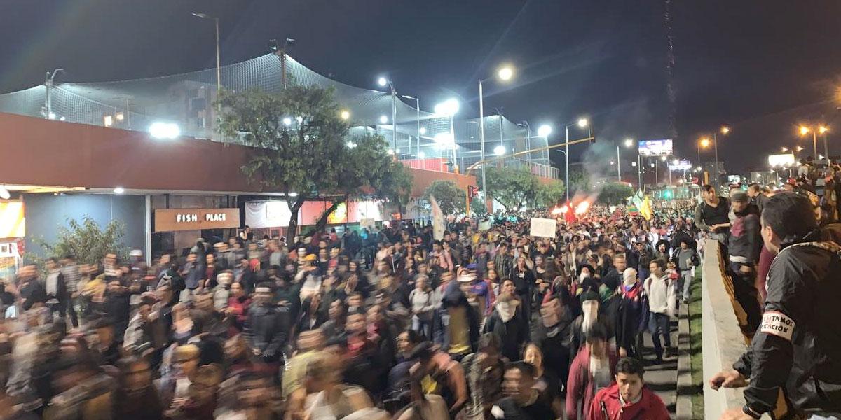 En caos y vandalismo terminaron las marchas estudiantiles en Bogotá