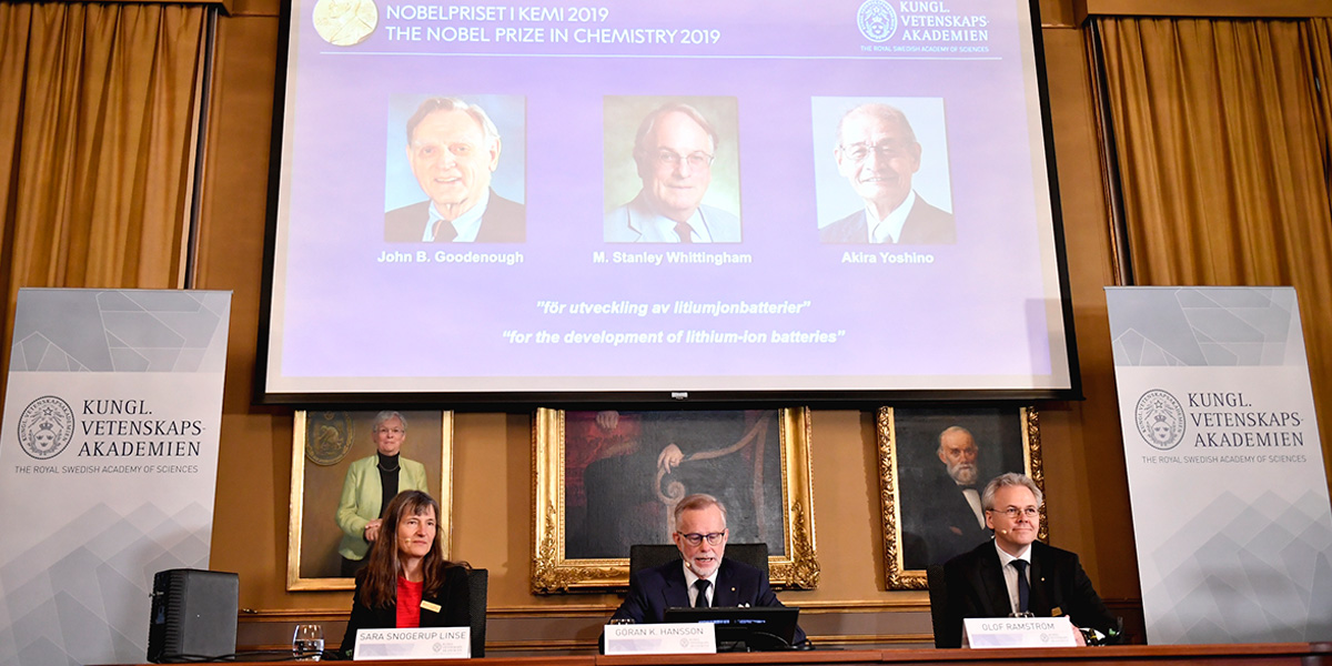 Nobel de Química a tres científicos claves en el desarrollo de las baterías para dispositivos móviles