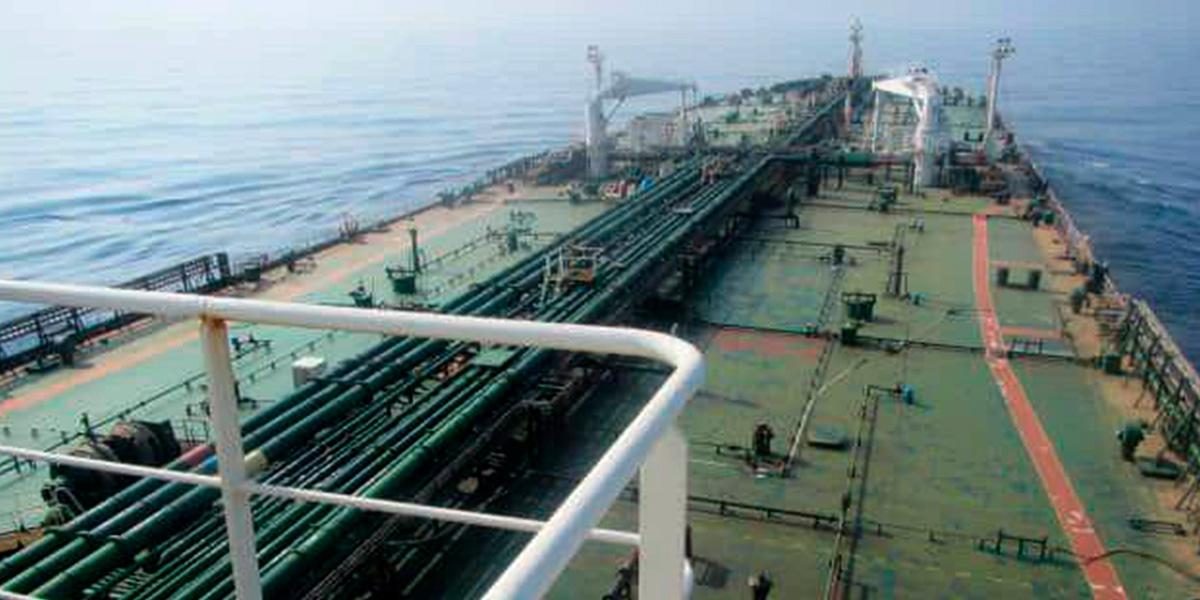 Ataque a petrolero iraní dispara el precio del Brent, que supera los 60 dólares