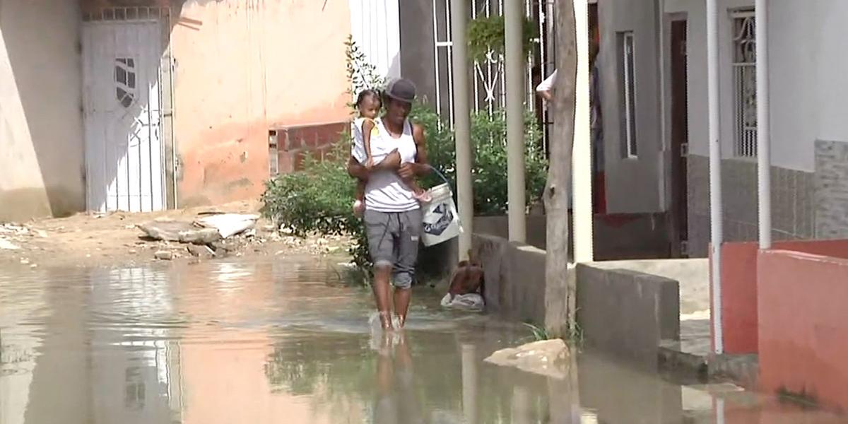 Al menos 300 casas resultaron afectadas por las fuertes lluvias en Barranquilla