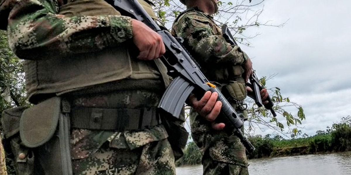 Fuertes enfrentamientos entre disidencias de las Farc y Ejército en Cauca