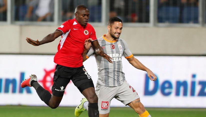 Galatasaray empató con uno de los coleros de la Superliga de Turquía y sumó su quinto partido sin ganar