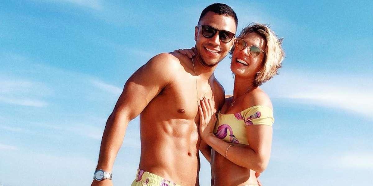 """""""Es la primera vez que estoy con un pollo"""", Claudia Castro revela por qué oculta a su novio"""