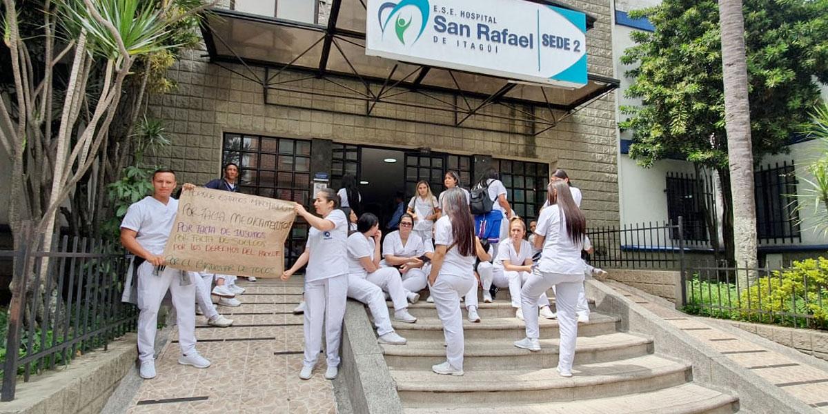 Médicos del Hospital en Itaguí, Antioquia, denuncian retrasos de hasta 4 meses en sus salarios