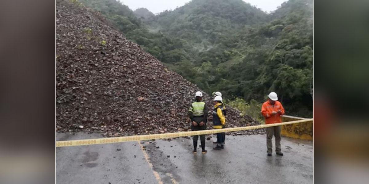 Cierre total en tramo de la vía Medellín-Bogotá