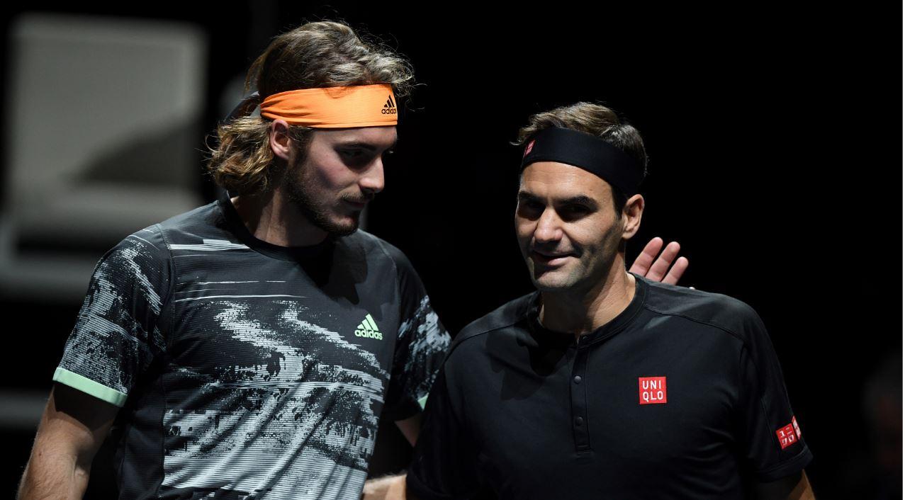 Tsitsipas sorprendió y eliminó a Federer del Masters