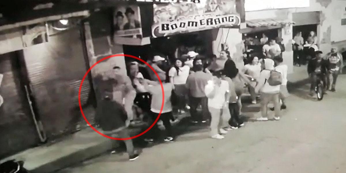 En video quedó registrado ataque sicarial que dejó dos muertos en un bar de Amalfi, Antioquia