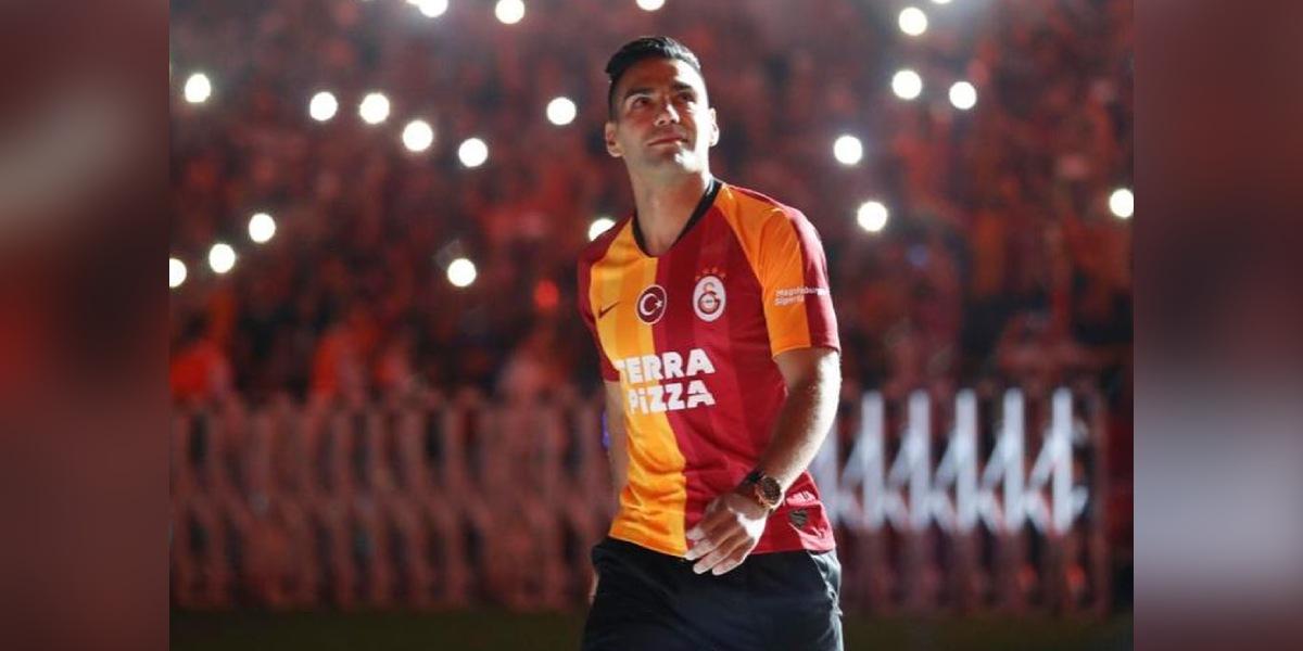 ¿Falcao se irá del Galatasaray?: presidente del club responde