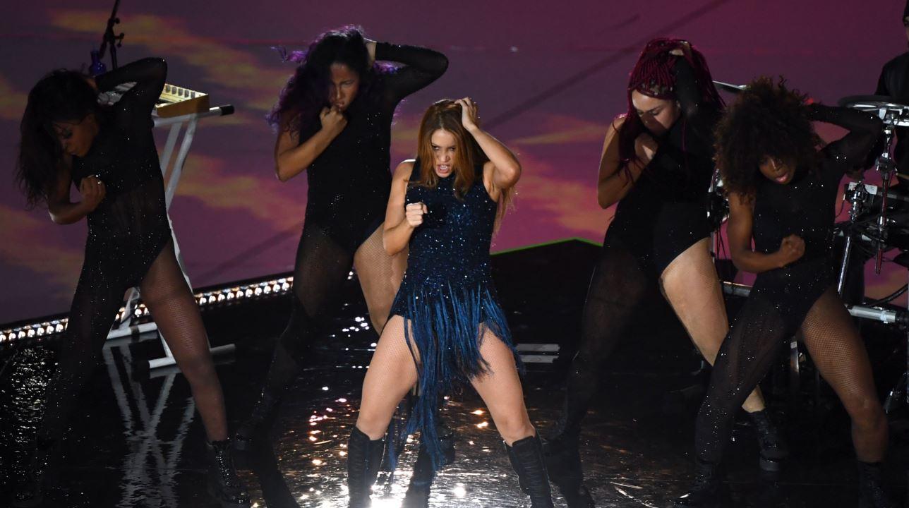 (Video) Shakira 'la rompió' en el show previo a la final de la Copa Davis