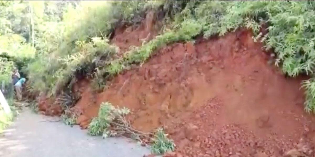 Seis días cumplen incomunicados cuatro municipios del suroeste antioqueño tras derrumbe de gran magnitud