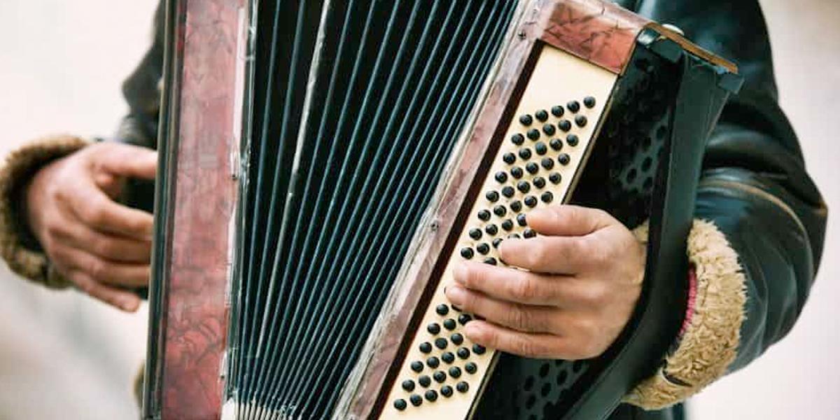 Colombianos crean aplicación digital para aprender a tocar el acordeón