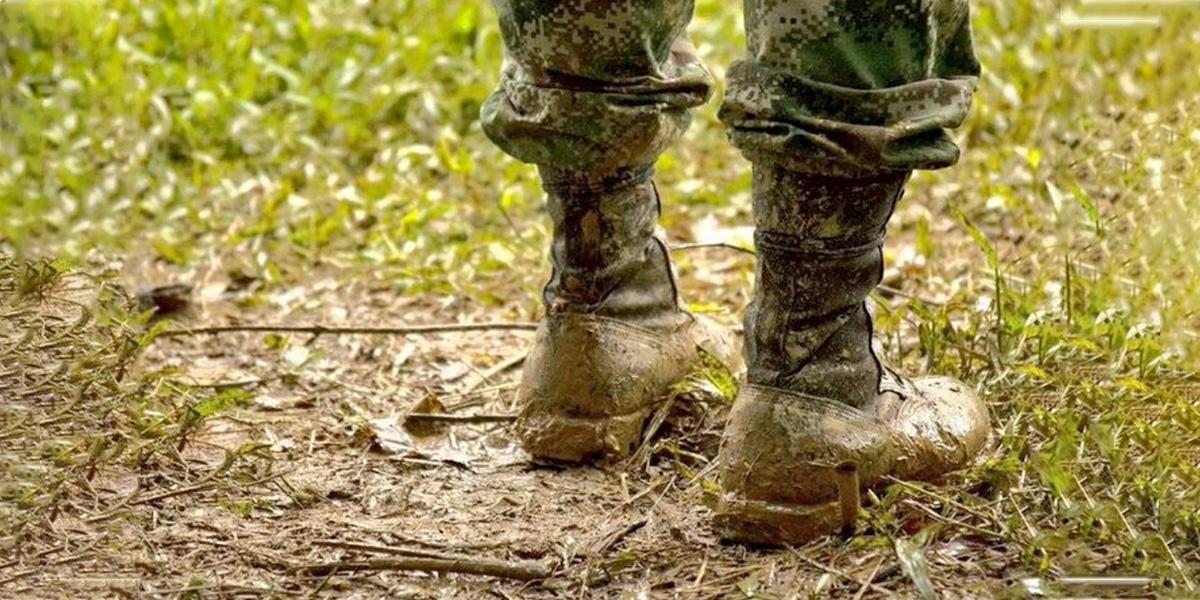 Ocho soldados resultaron heridos tras caer en campo minado en Bolívar