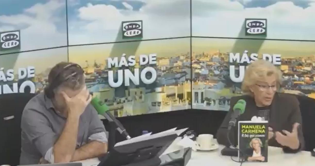 (Video) Sonora flatulencia interrumpió entrevista de exalcaldesa de Madrid en la radio española
