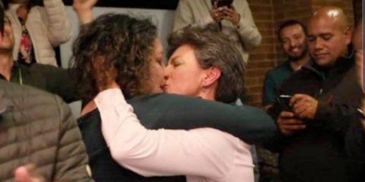 Claudia López se casa con la senadora Angélica Lozano