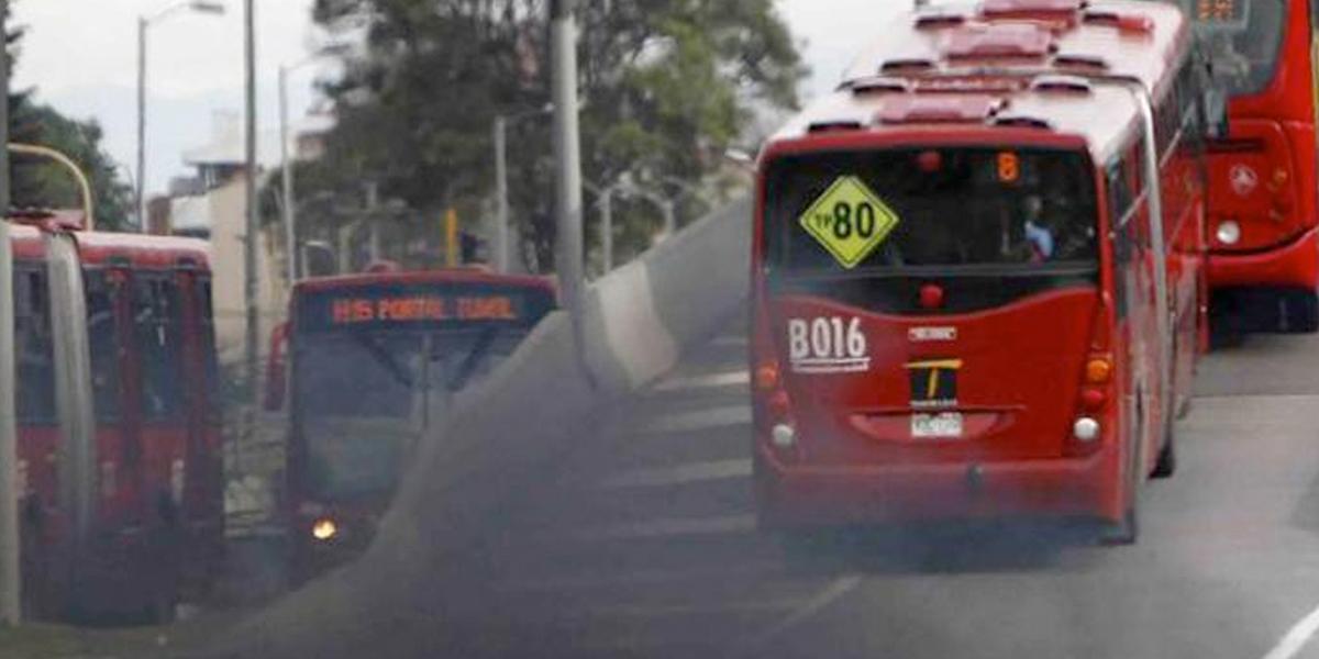 Nuevos buses de TransMilenio redujeron 49,5 % contaminación en Bogotá