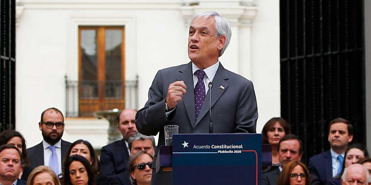 Presidente Piñera promulgó la ley que permitirá cambiar la Constitución de Chile